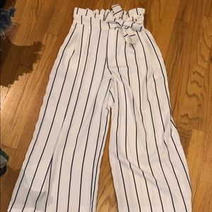 ZARA White Cropped Wide Legged Pants with Stripes